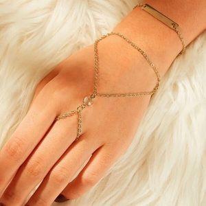 Jewelry - 🌸 2/$30 Gold Bar Ring Bracelet Hand Chain